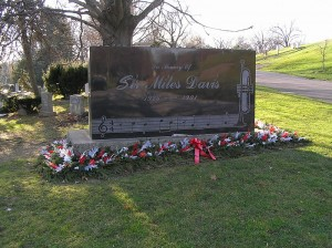 Miles Davis gravesite at Woodlawn Cemetery