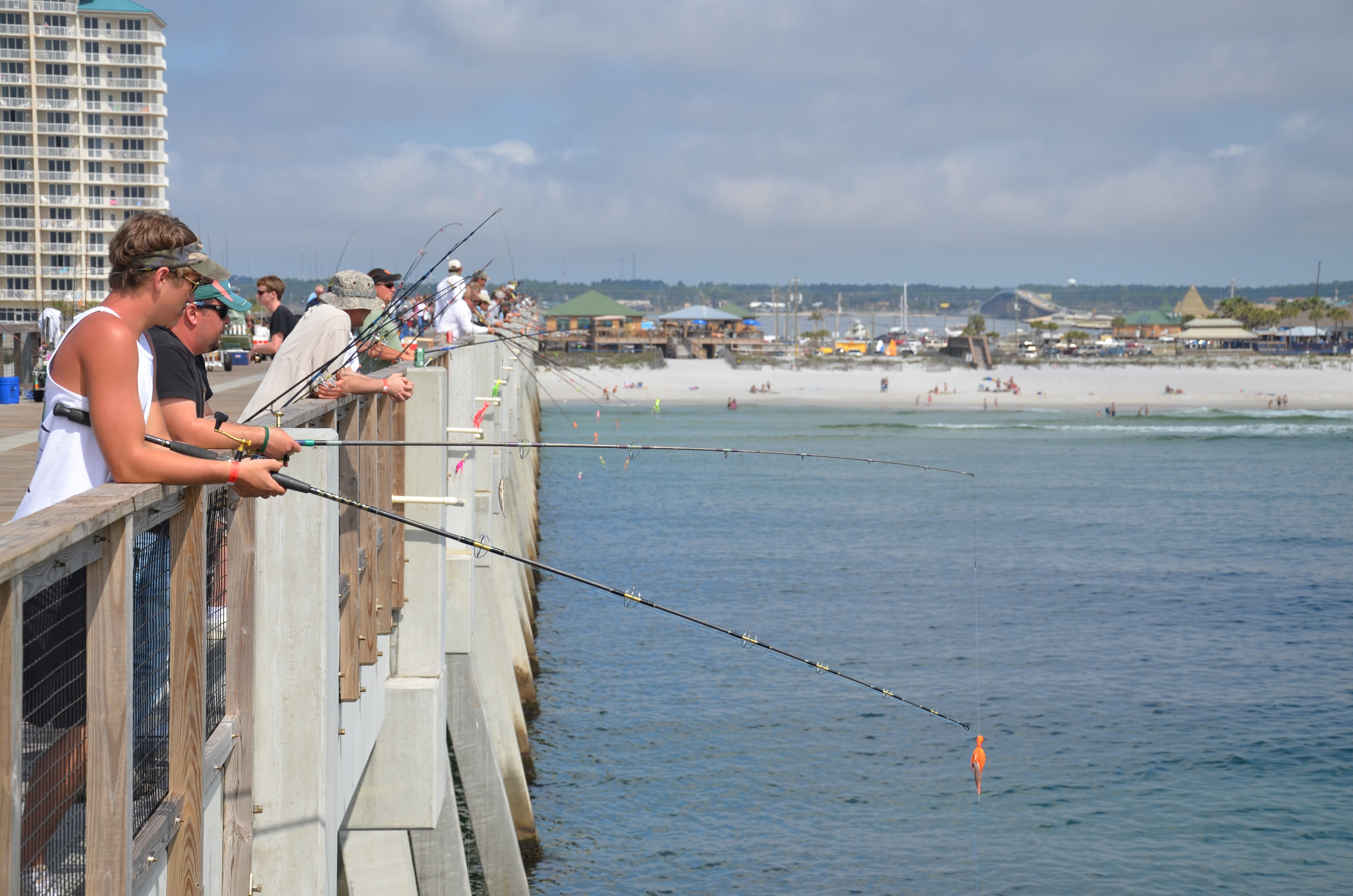 Quiet beautiful and family friendly navarre beach for Navarre fishing pier
