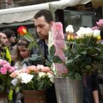 Sant Jordi's Day - Picking the right rose